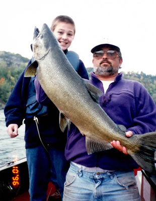 25 lb trophy Chinnook caught in Devils Hole.